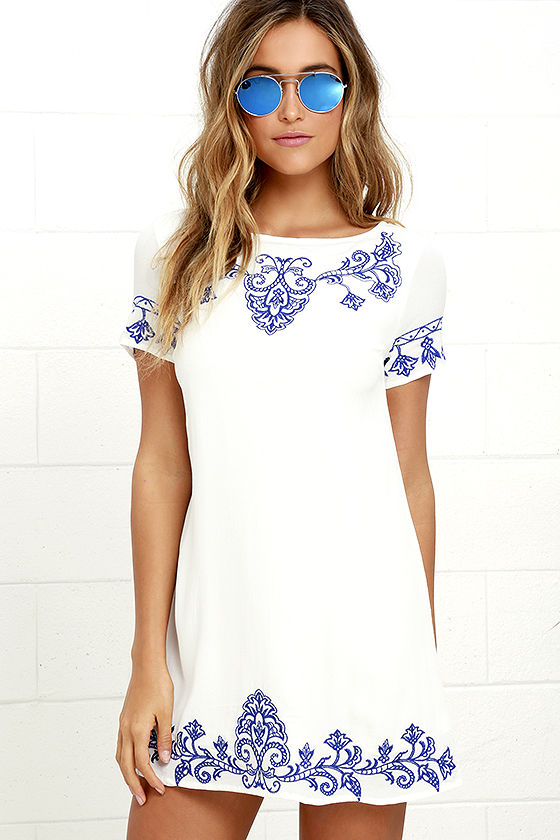 https://www.lulus.com/products/tale-to-tell-blue-and-ivory-embroidered-shift-dress/319232.html?gclid=Cj0KEQjwh428BRCnvcyI-5nqjY4BEiQAijebwm24vTOZbM4ZQRF63he0NUi-trToSP5Jh3mrKuPXAfIaAl4Z8P8HAQ