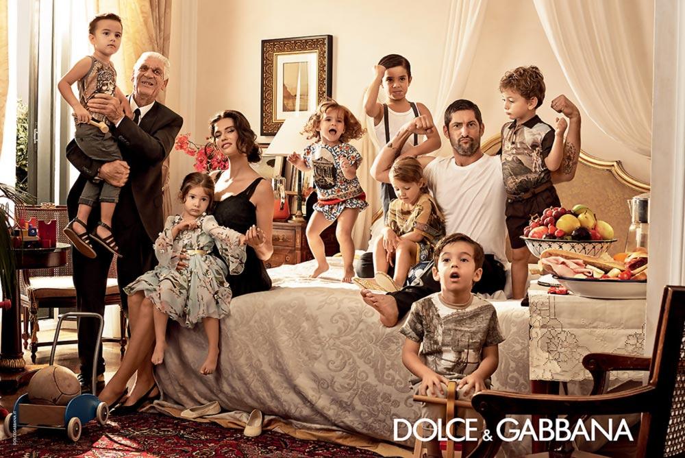 bianca-balti-family-dolce-gabbana-spring-summer-2014-ad-campaign-1