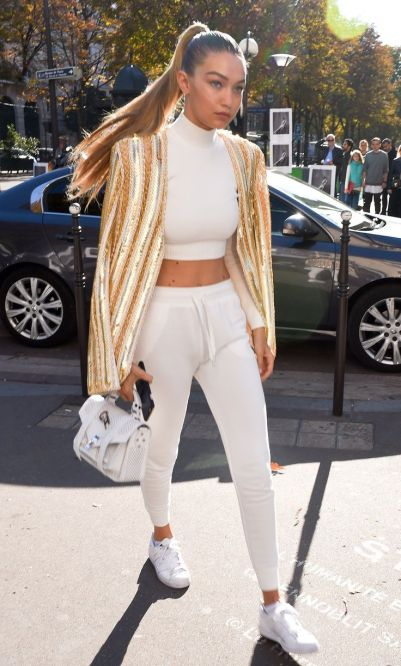 b43a9b6b78b041f7b95db4799d1a1431--celebrity-street-styles-celebrity-outfits